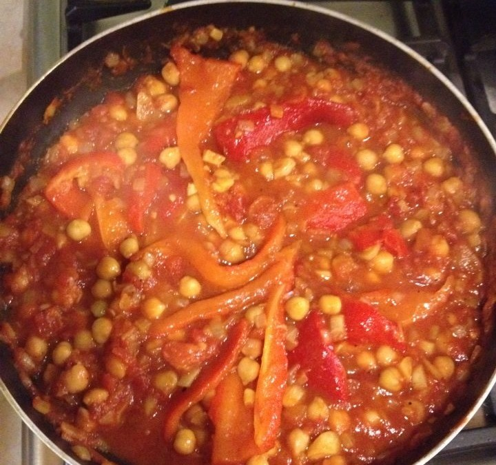 VEGAN RECIPE: CHICKPEA VEG CURRY
